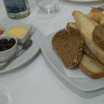 varios tipos de pan con tomate y ali-oli