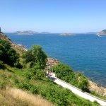 Vista de la ría de Vigo desde el parador. Al fondo, las Cíes.