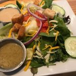 Green salad w/assorted dressings