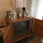 Eisenhower's TV- so 60s!