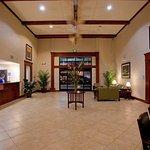 Photo de Holiday Inn Express San Dimas