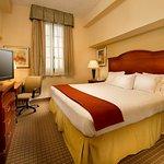 Foto di Holiday Inn Express San Antonio N-Riverwalk Area