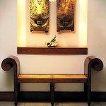 Lobby Seat