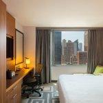 Foto de Hilton Garden Inn New York/Central Park South-Midtown West