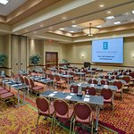 Photo de Embassy Suites by Hilton Norman - Hotel & Conference Center