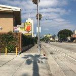 Foto de Super 8 Los Angeles-Culver City Area