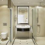 Grand Superior Bathroom