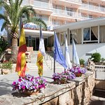 Photo of Hotel Pinero Tal