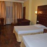 Hotel Ritz Plaza Foto