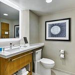 Standard Guestroom Bathroom