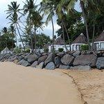 pavillons le long de la plage