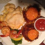 Full Crab Cake Dinner 2 Cakes, 4 Shrimp w/Mac and Cheese