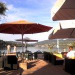 Vue sur le lac depuis le terrasse