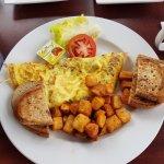 bacon & cheddar omelette