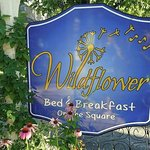 Foto di Wildflower Bed and Breakfast-On the Square