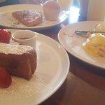 Ganso & Castor Cafe-Bistro의 사진