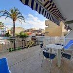 Photo de Hotel Apartamentos Solimar