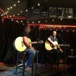 Foto The Carlton Music Bar & Grill