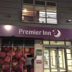 Photo de Premier Inn London Croydon Town Centre Hotel