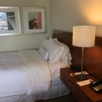 Comfortable beds. No outlets on night stand to plug in your cell phone.