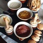 Clichons avec l'apéro, Chipirons (calamars) dans une délicieuse sauce, super magret de canard, f