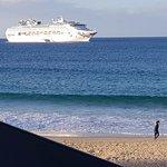 Foto de Peninsular Beachfront Resort