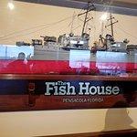 Fish House & Atlas Foto
