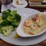 Jumbo shrimp scampi with broccoli