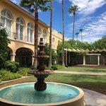 Photo de Crowne Plaza Phoenix - Chandler Golf Resort