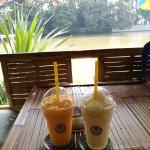 Coffee Shop at the Ping River照片