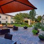 Photo of Courtyard Eugene Springfield