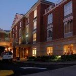 Photo de Courtyard Charlottesville - University Medical Center