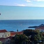 vista desde la piscina del hotel