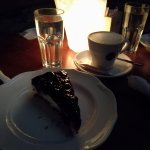 cheesecake als dessert met een heerlijk kopje koffie