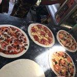 delicious. Best lamai pizza!!!!!