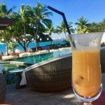 Waitui pool with scrummy non alcoholic cocktail!