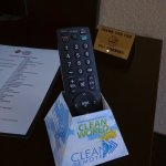 Box says clean remote, remote says LG. Not the clean remote!