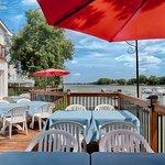 Bar-terrasse de la Marina