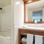 Chambre deux lits queen vue rivière - Pavillon Desmarais
