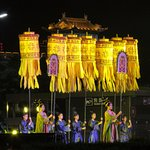 Han Dynasty pre-show in front of city wall