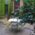Area colazione nel cortile interno