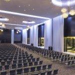 Photo of Le Meridien Dubai Hotel & Conference Centre