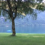 Camping Beach Lake of Molveno Foto
