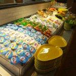 Buffet Petit-Déjeuner  Pôle énergie : laitages et fruits
