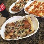 Mega Pizzaの写真