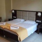 Zdjęcie Eleana Hotel