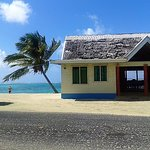 Main dining fale right on the beach