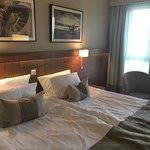 Huge king size bed. Super comfortable