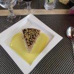 gâteau aux noix et crème anglaise