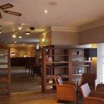 Photo de Eight Acres Hotel & Leisure Club
